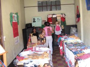 Bazar de CAUCE y Mojoca