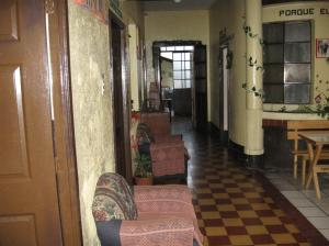 corredor interior hostal