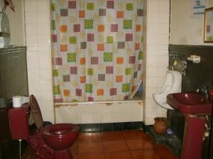 Baños higiénico, con agua caliente